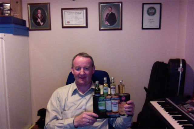 Noel Sweeney, Cooley's Master Distiller, ready for the Twitter tasting