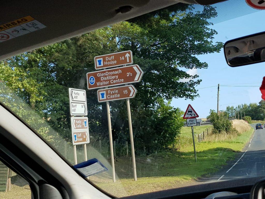 Glendronach Signpost